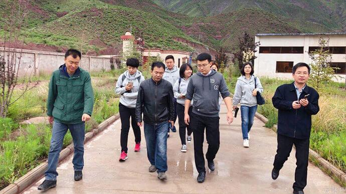 2020年8月,云账户团队调研西藏昌都康贡禽业科技有限公司红拉养殖场,考察藏鸡肉、藏鸡蛋生产销售情况。